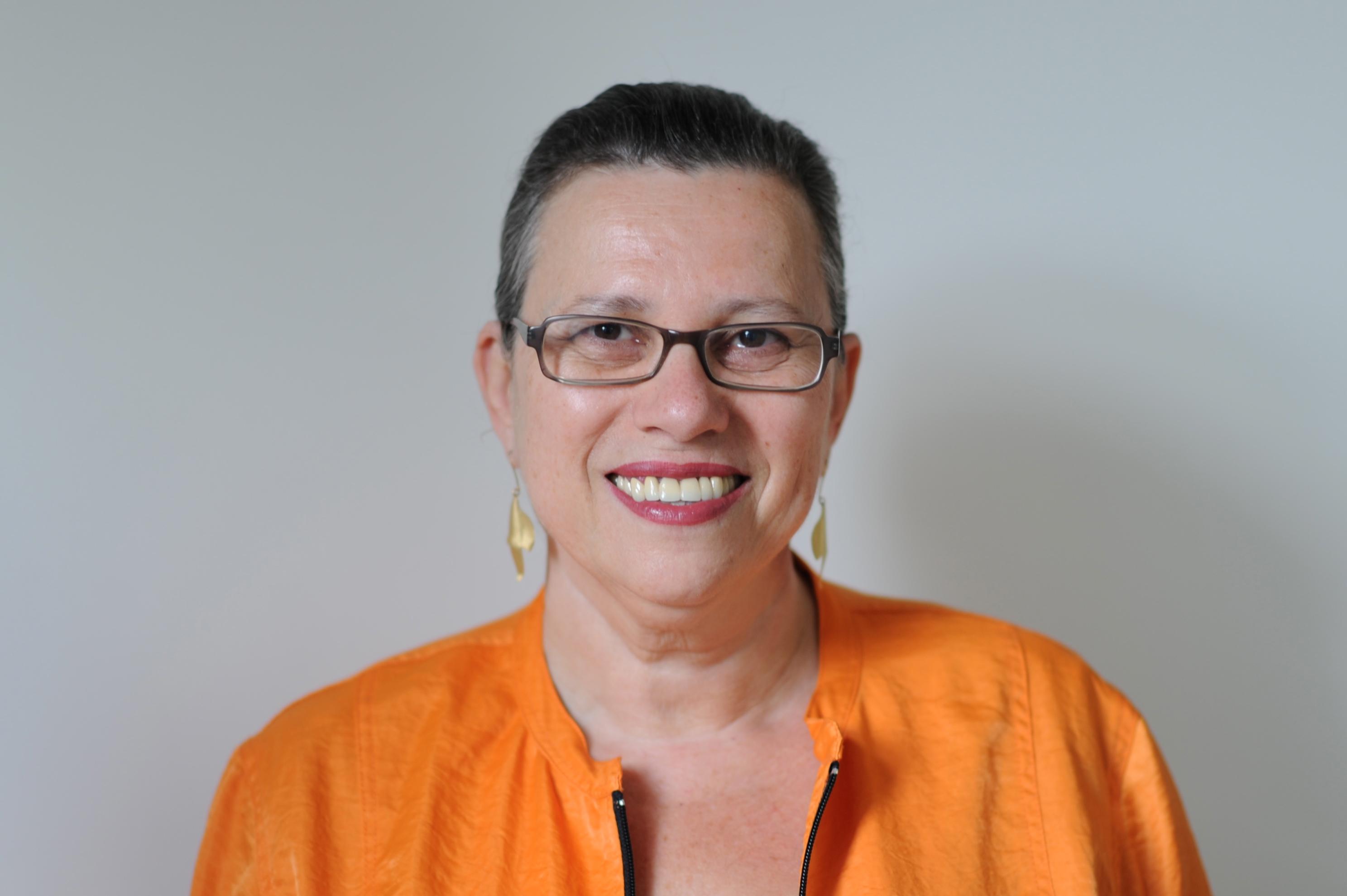 תעודת זהות: שולה מוזס, תורמת ישראלית במשרה מלאה