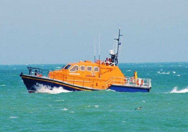 הברקה: סירות הצלה מגייסות תרומות בזמן אמת מלב ים